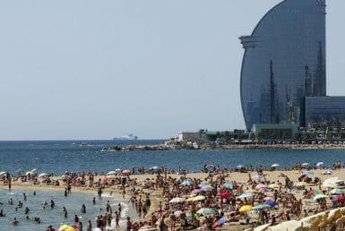 Испанию посетят более 57,8 миллионов туристов