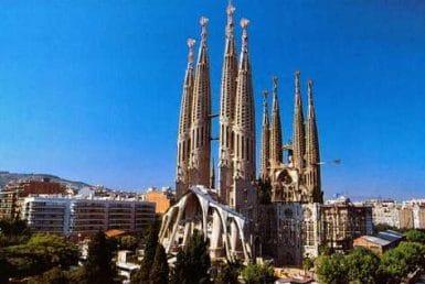 Испания продолжает бить туристические рекорды