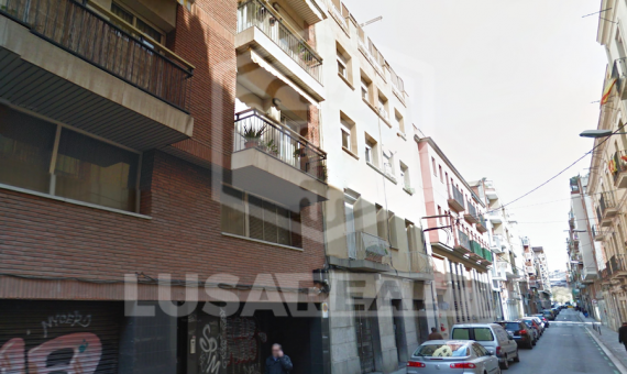 12 apartments residential building with swimming pool for sale, prestigious área Les Corts | 0-lusabuildingsalebarcelonapng-2-570x340-png