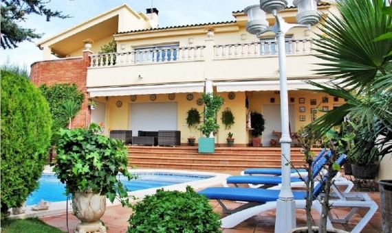 Wonderful luxury villa close to the beach on Costa Dorada | 1