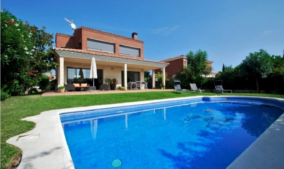 Villa de lujo con piscina cerca de la playa en Calafell | 2