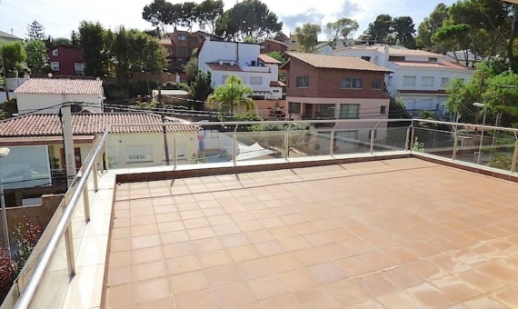 Newly built house for sale in Montmar, Castelldefels | 2