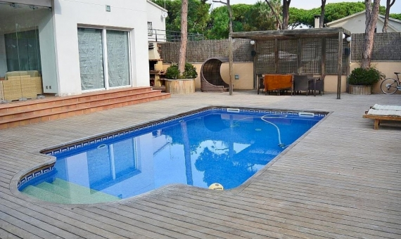 Modern house close to the beach in Castelldefels | 2