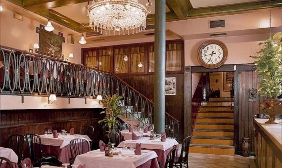 Здание 950 м2 с лицензией под ресторан и возможностью реконструкции в отель в Старом Городе | 3