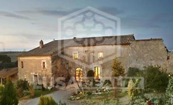 2260 - Masía de 1.000 m2 con impresionantes vistas a Montserrat