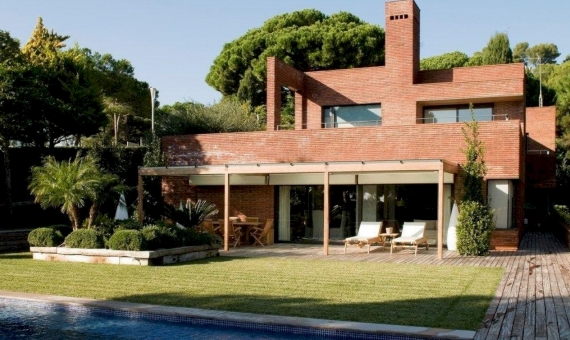 Gorgeous house 397 m2 in Sant Andreu de Llavaneres | 1