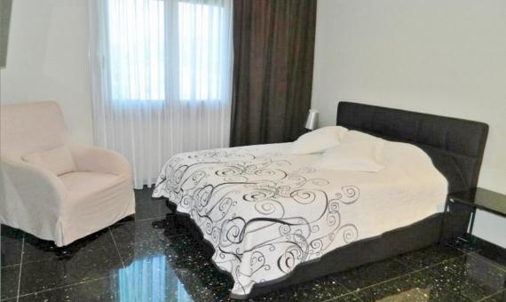 Casa de estilo moderno con dormitorios grandes a la venta en Sitges | 2