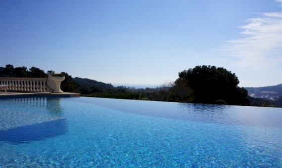 Luxury house with total area of 514 m2 in Costa Brava | 3