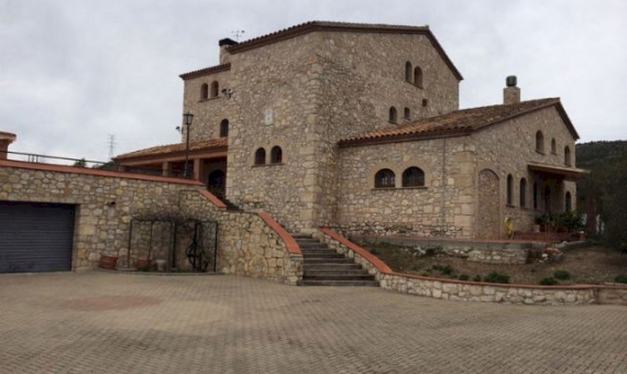 Country house and castle  Costa Dorada | 10772-3-570x340-jpg
