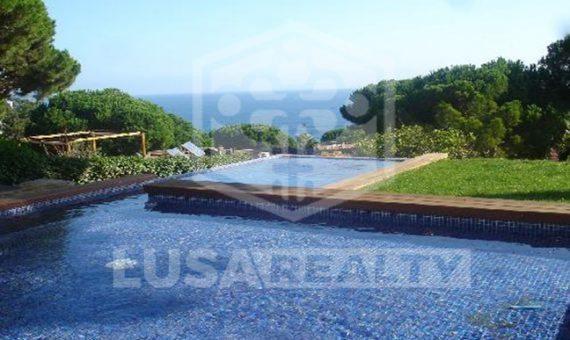 Продажа виллы с бассейном в охраняемой урбанизации Кала Сан Францеск в Бланесе | 10884-2-570x340-jpg