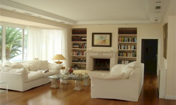Detached house in classic style with panoramic sea views | 2