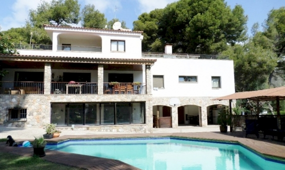 - Cozy house in the prestigious Bellamar area of Castelldefels