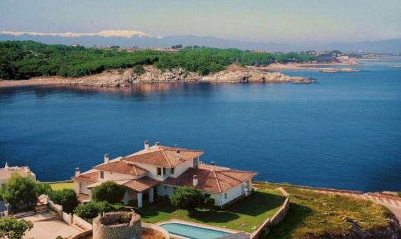 -Magnífica propiedad en la Costa Brava enfrente del mar con vistas exclusivas | 11722-5-570x340-jpg