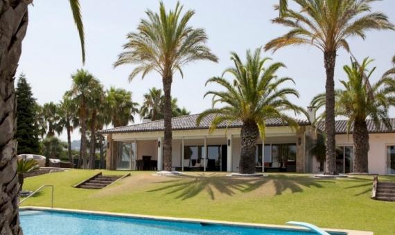Spectacular house 475 m2 in Sant Andreu de Llavaneres | 12080-8-570x340-jpg