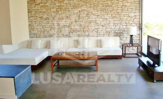 Modern house right on the seafront in luxury area of Gava Mar | 2