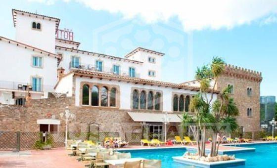 Отель 3*** в 3 км от пляжа в Эмпуриабрава | 12306-1-560x340-jpg