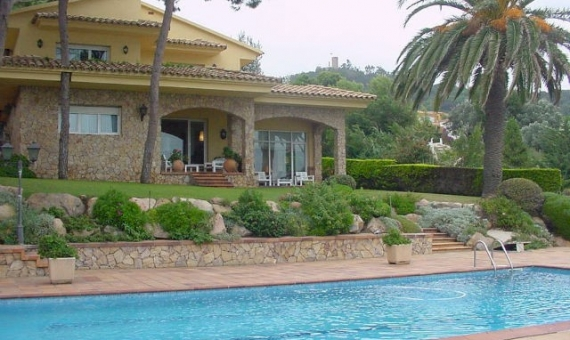 Villa in Sant Francesc with magnificent views of the sea | 1