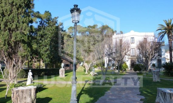 Manor on sale close to Barcelona with hotel license | 12439-15-570x340-jpg
