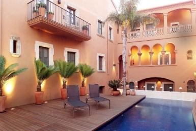 Отель **** на 39 номеров в городе Альтафулья