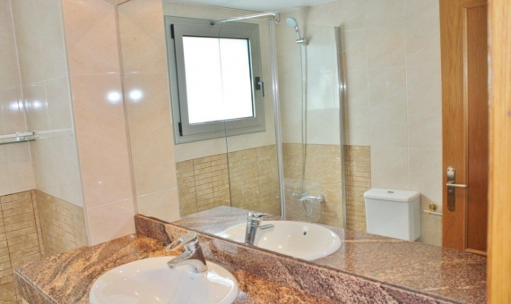 Rent town house at 1st sea line in Gava mar | 3