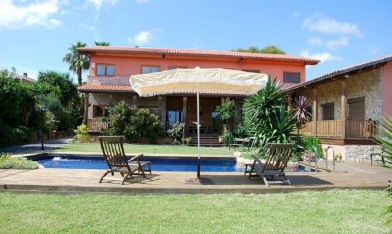 Alquiler de verano de villa con piscina cerca del mar en Calafell | 3