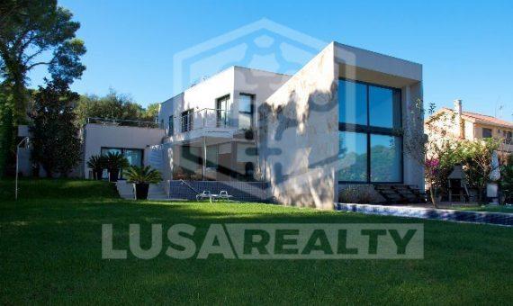 House in Costa Brava | 13655-5-570x340-jpg