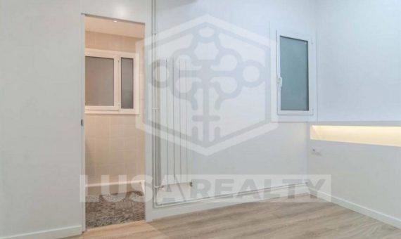 Reformed flat in Avenida Sarria | 1493-11-570x340-jpg