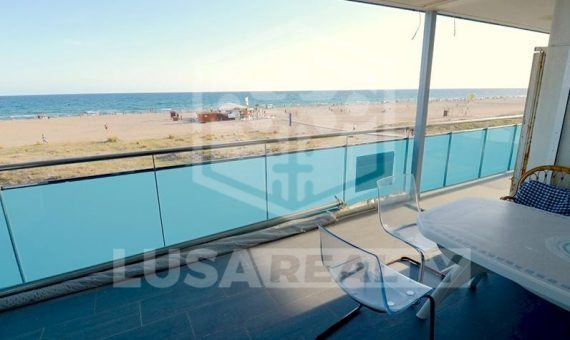 Terraced flat to repair with direct access to the beach in Castelldefels | 3