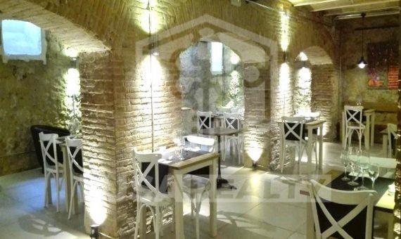 Коммерческое помещение с арендатором и лицензией под ресторан в Эшампле | 0-lusarestaurantsalebarcelona1png-570x340-png