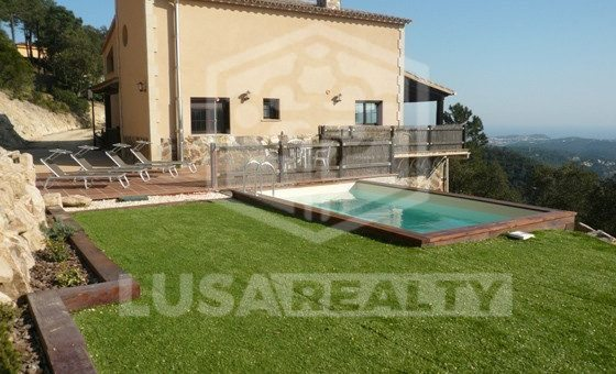 - Fantastic villa with spectacular panoramic view over the sea and the forest | 1