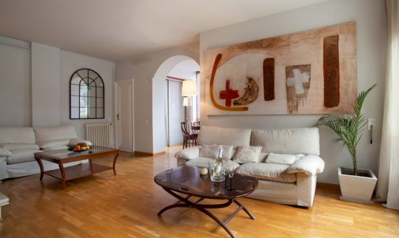 Квартира 145 м2 с туристической лицензией в Саррия / Сан Джерваси | 4539-3-570x340-jpg