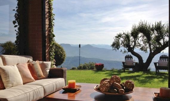 Дом с видами на горы на участке 3200 м2 в пригороде Барселоны | 6418-14-570x340-jpg