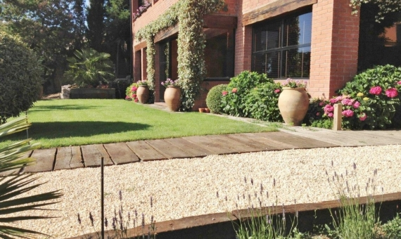 Wonderful house with views on the 3200 m2 plot in 30 km from Barcelona | 4