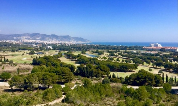 Plot of land 1.260 m2 with sea views near the golf courses in Sitges | 6443-0-570x340-jpg