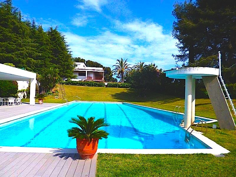 Villa with sea views and  m2 of own forests in Sant Vicenc de Montalt | 4