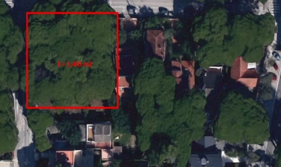 Plot of land very close to the beach in the nice green area of private houses in Castelldefels | 1