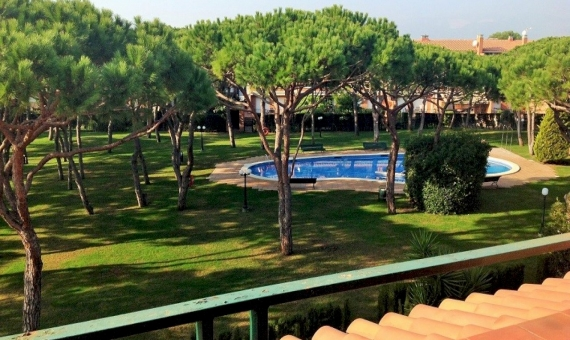 2123 - House with fireplace close to Barcelona in Gava Mar