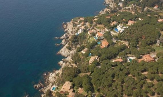 Вилла 300м2 с бассейном и видом на море в Ллорет де Мар | 2