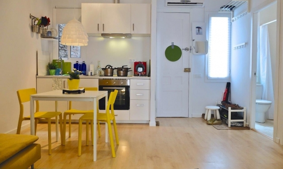 Beautiful designed flat in Barcelona | 715-9-570x340-jpg