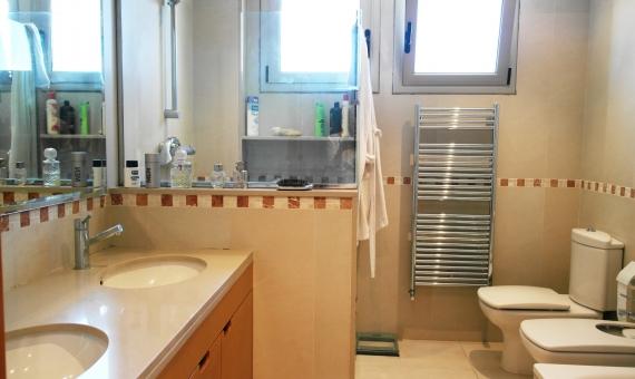 Moderno chalet en parcela de 2000 m2 en una zona residencial de prestigio en Sant Andreu de Llavaneres | 1