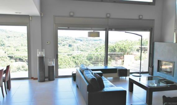 Moderno chalet en parcela de 2000 m2 en una zona residencial de prestigio en Sant Andreu de Llavaneres | 4