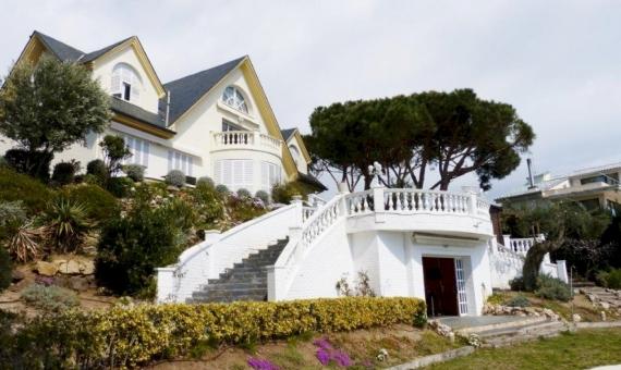 Дом в горах с видом на море в Ареньс-де-Мар | 7396-2-570x340-jpg