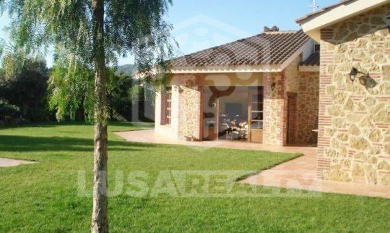Загородный дом площадью 600 м2 в Сан-Андрес-де-Льеванерас | 3
