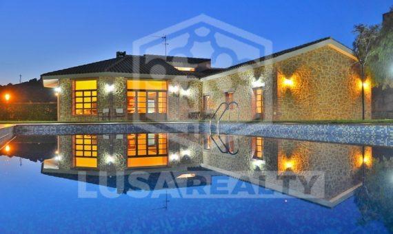 Preciosa casa familiar | 7541-6-570x340-jpg