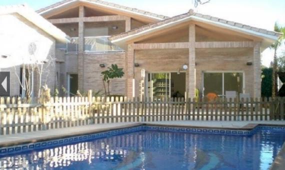 Вилла 400 м2 с теннисным кортом и бассейном в Таррагоне | 7562-13-570x340-jpg