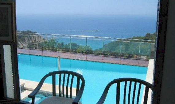 Luxury villa with panoramic sea views in Tossa de Mar | 4