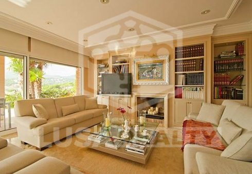 Beautiful big house 600 m2 in Cabrils | 4