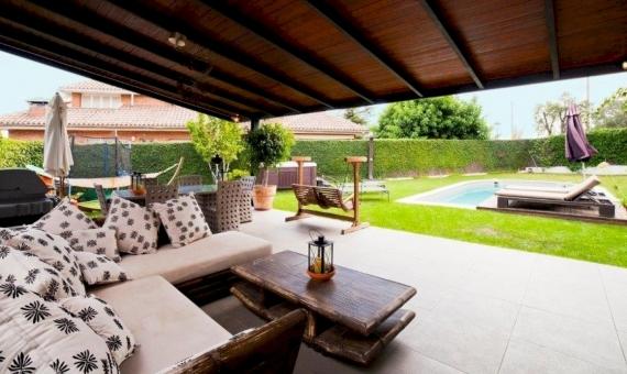 Современный дом с участком площадью 1150 м2 в Кабрера-де-Мар | 4