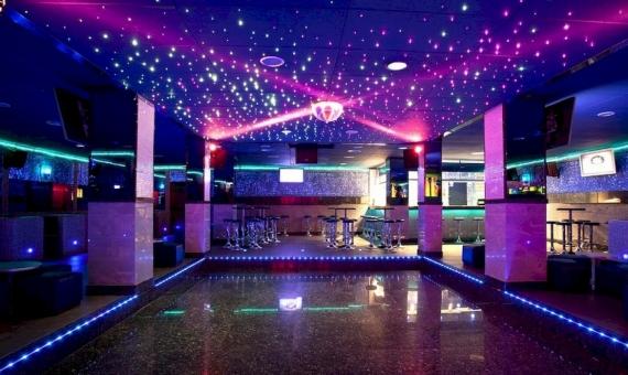 Готовый бизнес, передача прав траспасо на популярный ночной клуб, район Эшампле | 9251-0-570x340-jpg