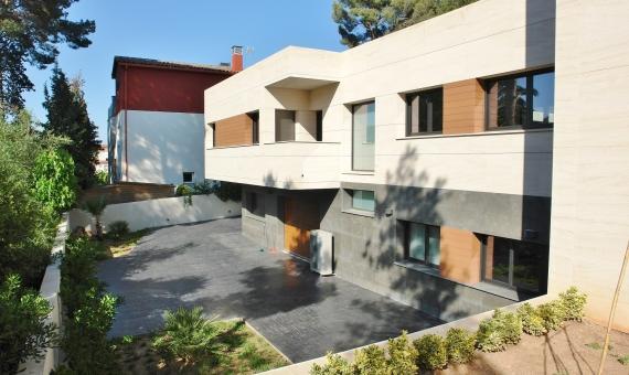- Дом 405 м2 с гаражом в Кастельдефельсе